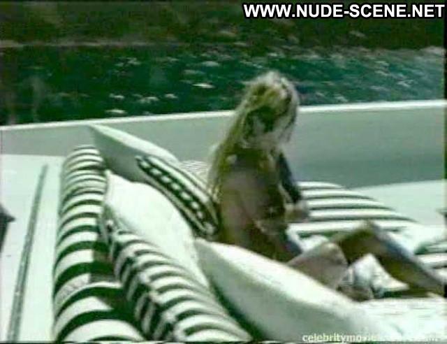 Pamela Anderson Bikini Pics
