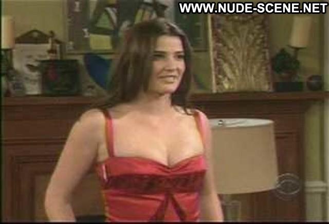 Cobie Smulders How I Met Your Mother Breasts Nice Celebrity Big Tits