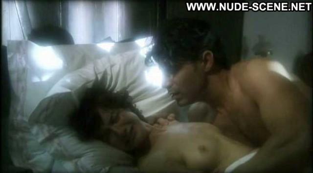 Caroline De Cristofaro Nude Sexy Scene Nympha Babe Cute Bed