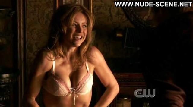 Christine Lakin Valentine Big Tits Breasts Bra Nice Cleavage