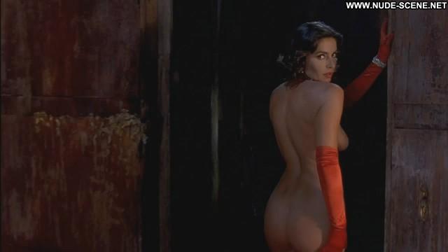 Francesca Rettondini Ghost Ship Nude Actress Celebrity Breasts Big