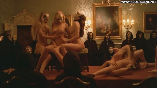 Nude Sexy Scene Eyes Wide Shut Threesomes Lesbian Gorgeous