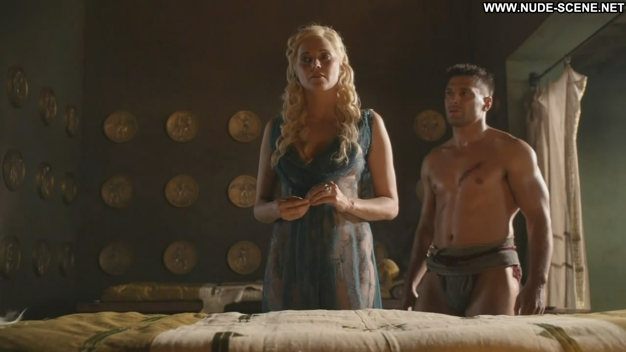 Lucy lawless spartacus compilation - 2 10