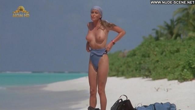 Bo Derek Ghosts Can T Do It Bush Beach Big Tits Swimsuit Breasts