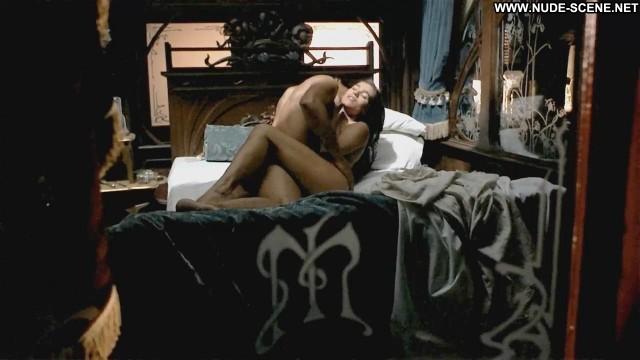 Gabriela Roel Posing Hot Old Celebrity Nude