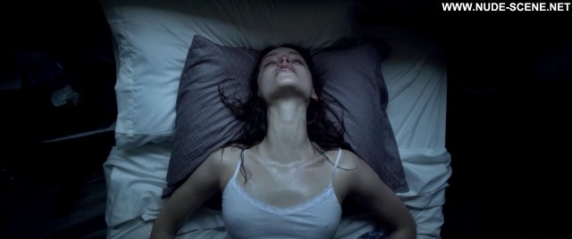 Alex Essoe Starry Eyes Bed Posing Hot Celebrity Nude