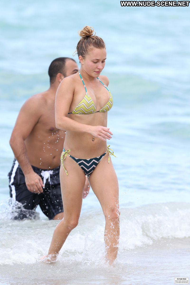 Hayden Panettiere Beach Bikini Blonde Celebrity Photos and Videos