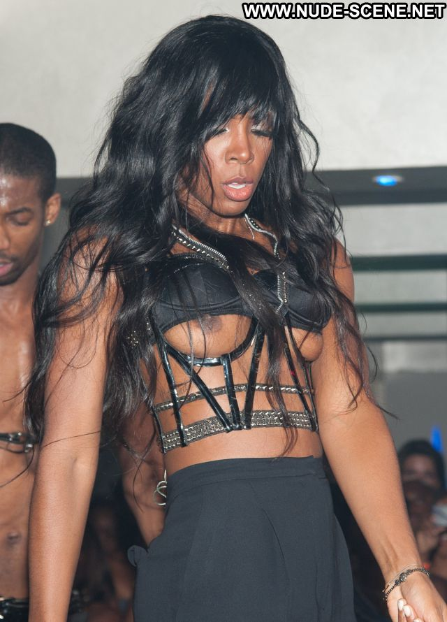 Kelly Rowland No Source Nude Tits See Through Celebrity Celebrity