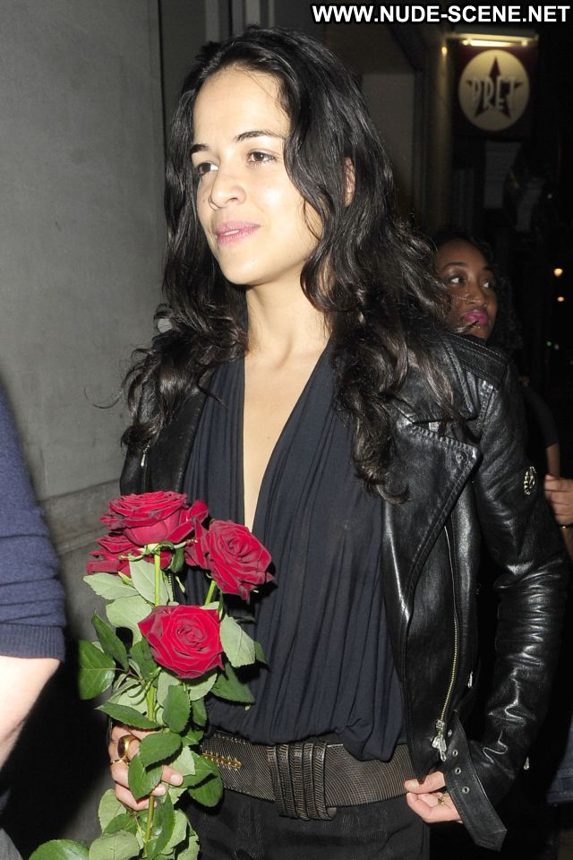 Michelle Rodriguez No Source Celebrity Latina See Through Showing