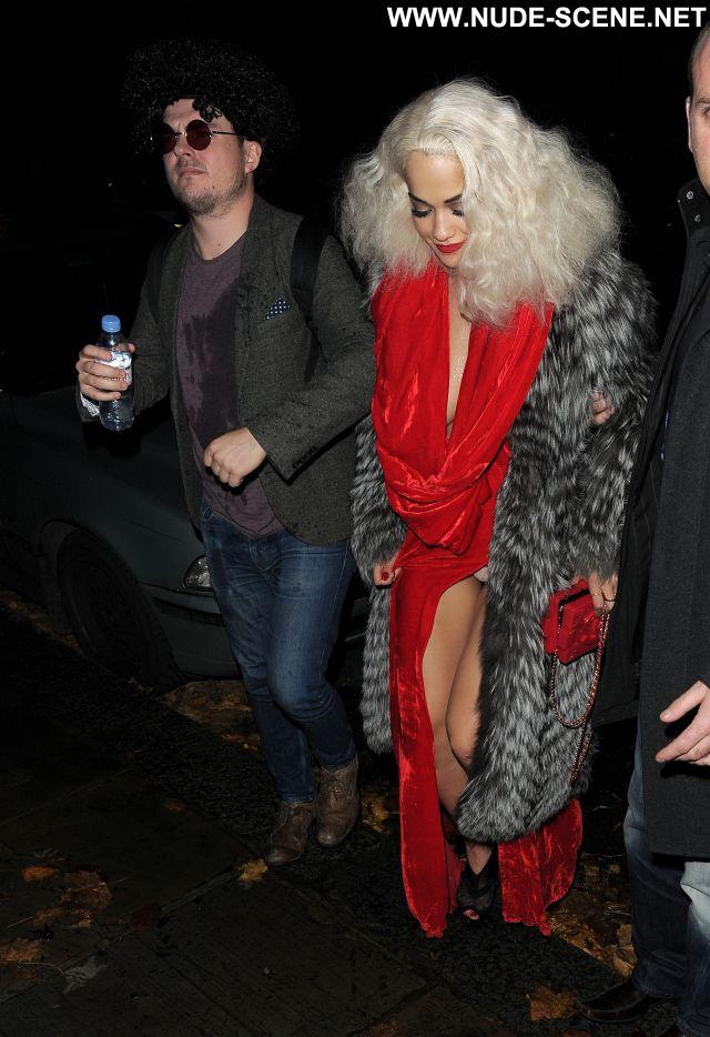 Rita Ora Showing Pussy Posing Hot Celebrity Celebrity Upskirt Nude