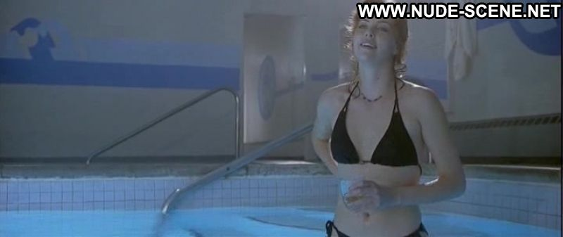 Charlize theron nude scene in the cider house rules scandalplanetcom 9