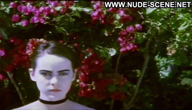 Jena Malone The Painted Lady Goth Small Tits Posing Hot Babe
