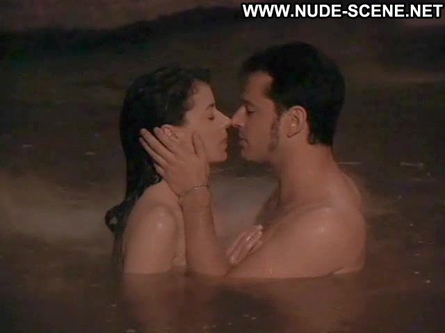 italian female nude pics