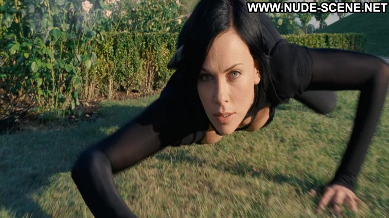 Charlize theron nude scene in the cider house rules scandalplanetcom 10
