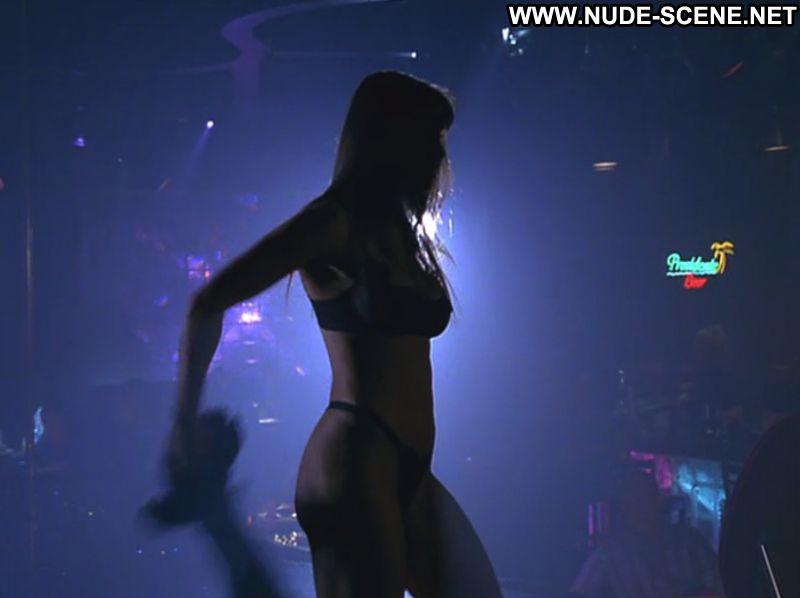 Demi Moore Nude from Striptease - XVIDEOSCOM