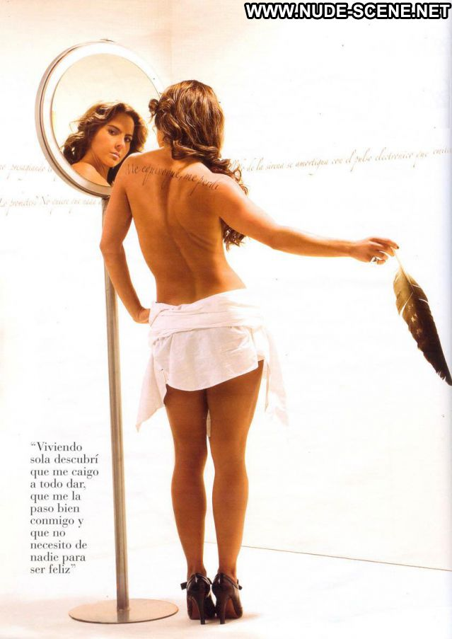 Kate Del Castillo No Source Posing Hot Brunette Hot Babe Cute Latina