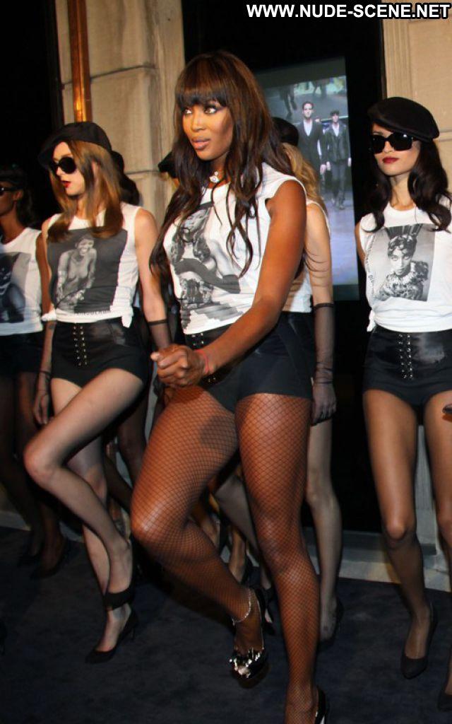 Naomi Campbell No Source  Celebrity Posing Hot Babe Cute Posing Hot