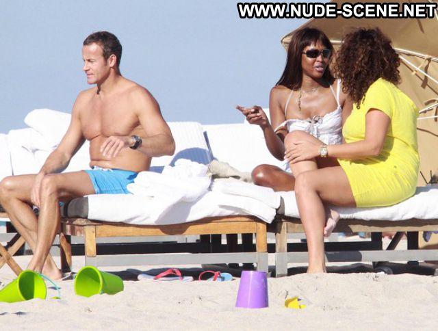 Naomi Campbell No Source Celebrity Nude Scene Posing Hot Big Ass