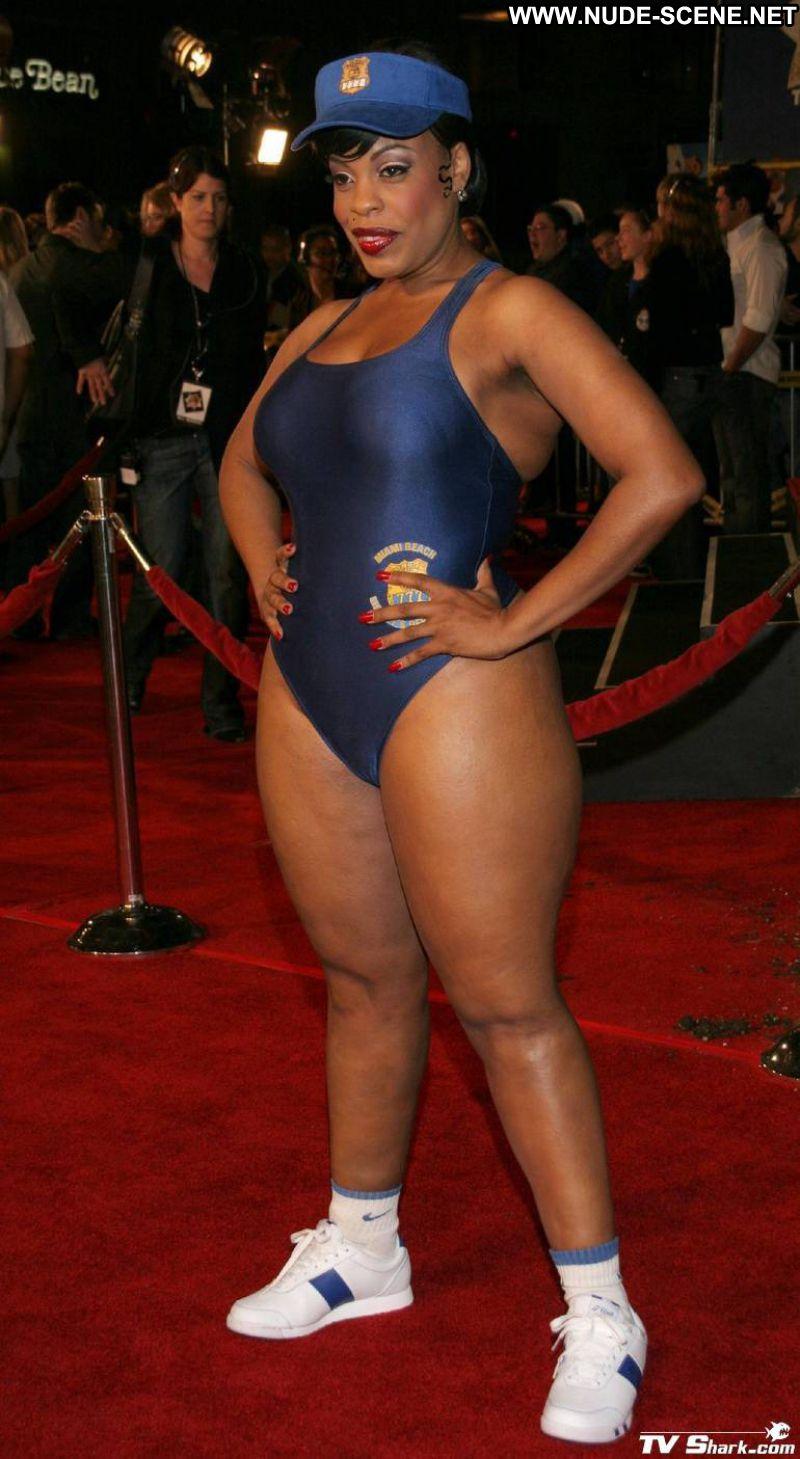 Big booty ebony nude pics