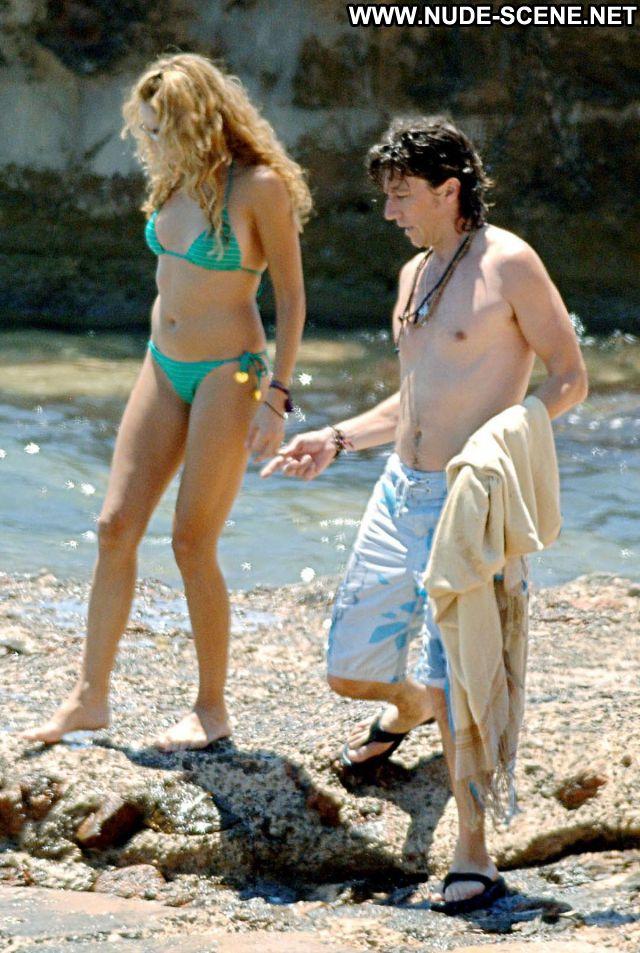 Paulina Rubio No Source Hot Mexico Cute Beach Celebrity Posing Hot