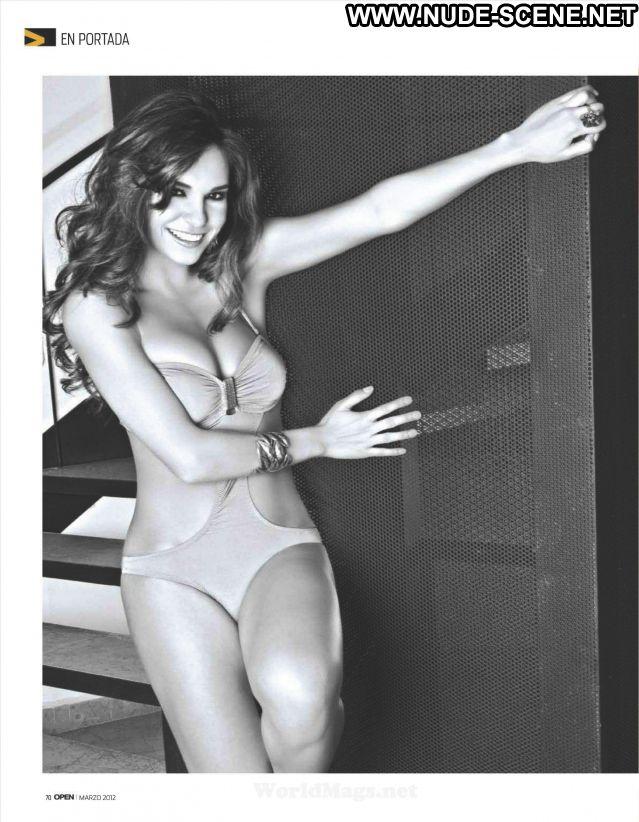 Tania Rincon No Source Latina Hot Babe Brunette Nude Scene Cute