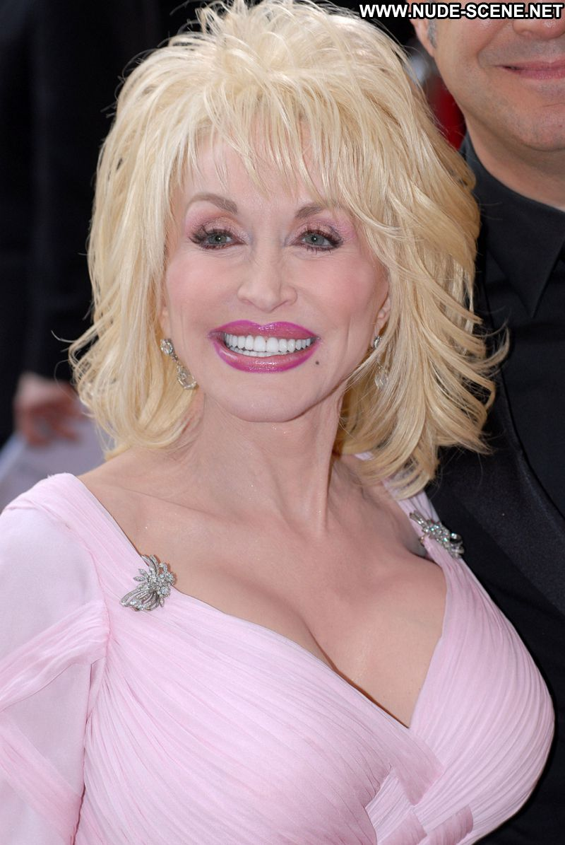Dolly Parton No Source Celebrity Posing Hot Babe Blonde -9345