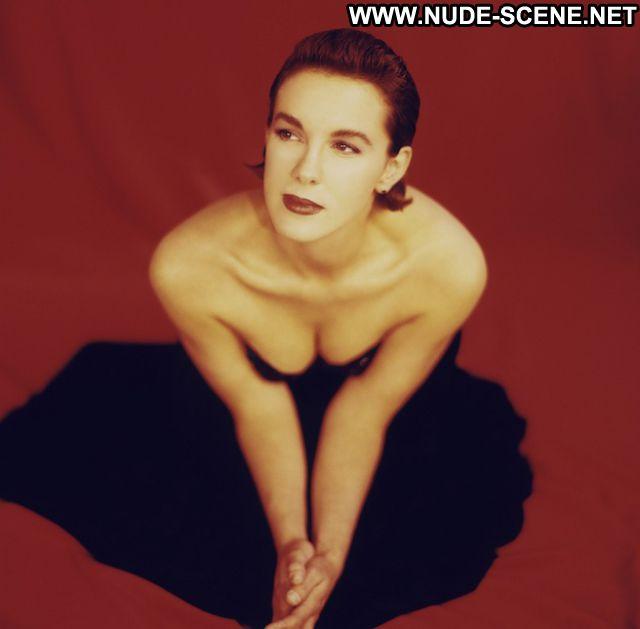 Elizabeth Perkins No Source Hot Big Tits Nude Scene Celebrity Milf