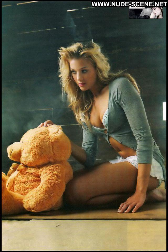 Patricia Montero No Source Cute Posing Hot Nude Scene Celebrity