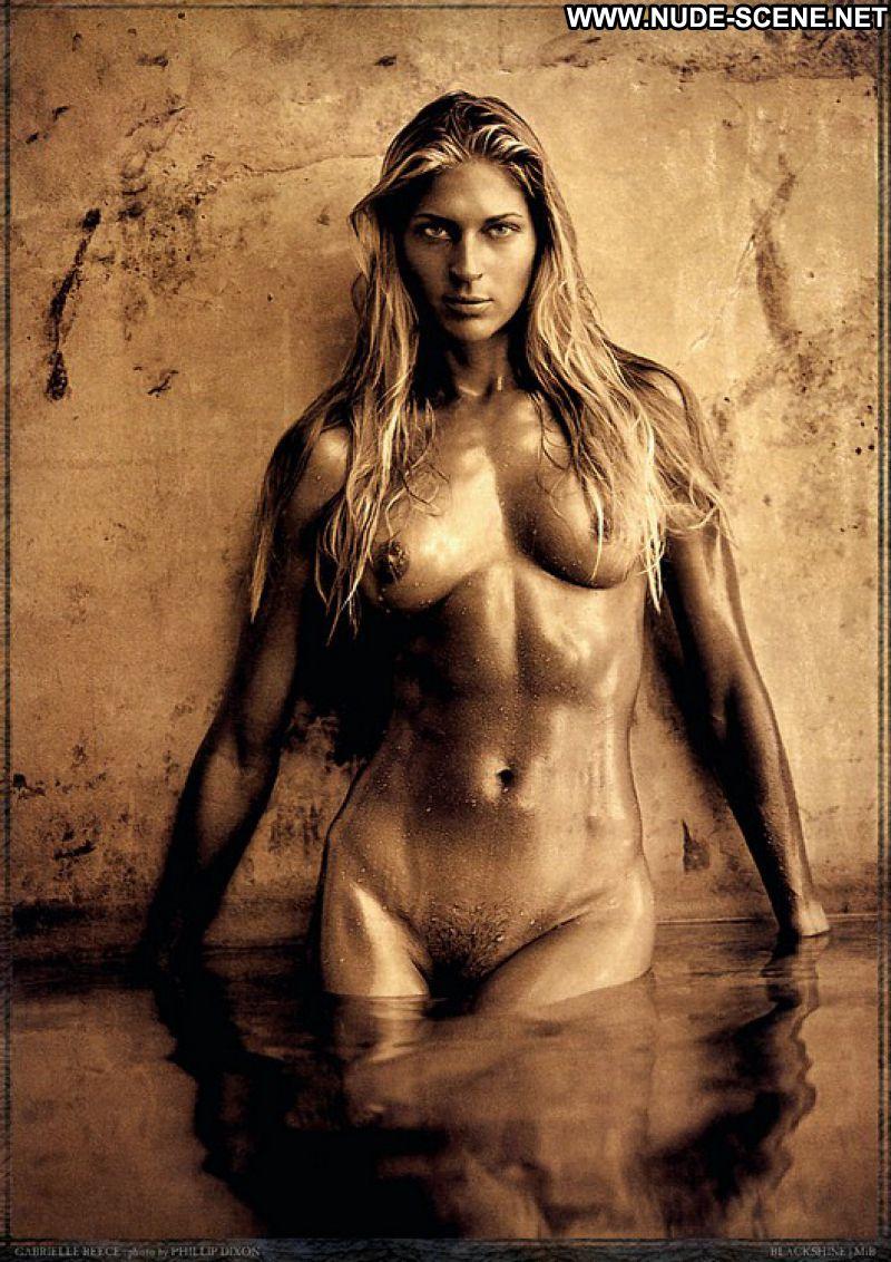 nude blonde hot