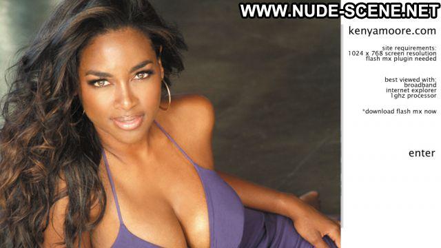 Kenya Moore No Source Posing Hot Big Tits Ebony Big Tits Hot Big Tits