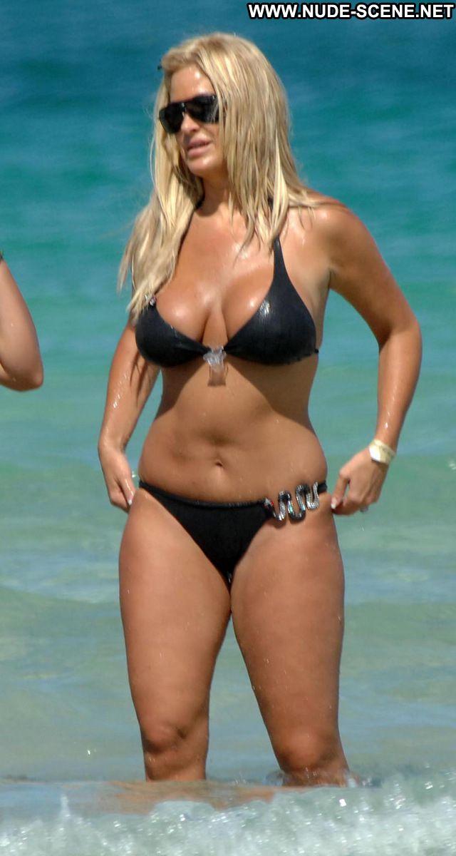 Kim Zolciak No Source Cute Tits Pussy Posing Hot Nude Scene Celebrity
