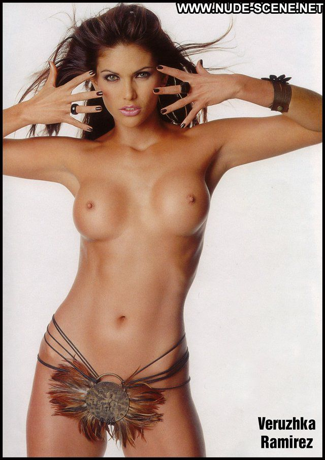 Veruzhka Ramirez No Source  Nude Scene Posing Hot Latina Celebrity