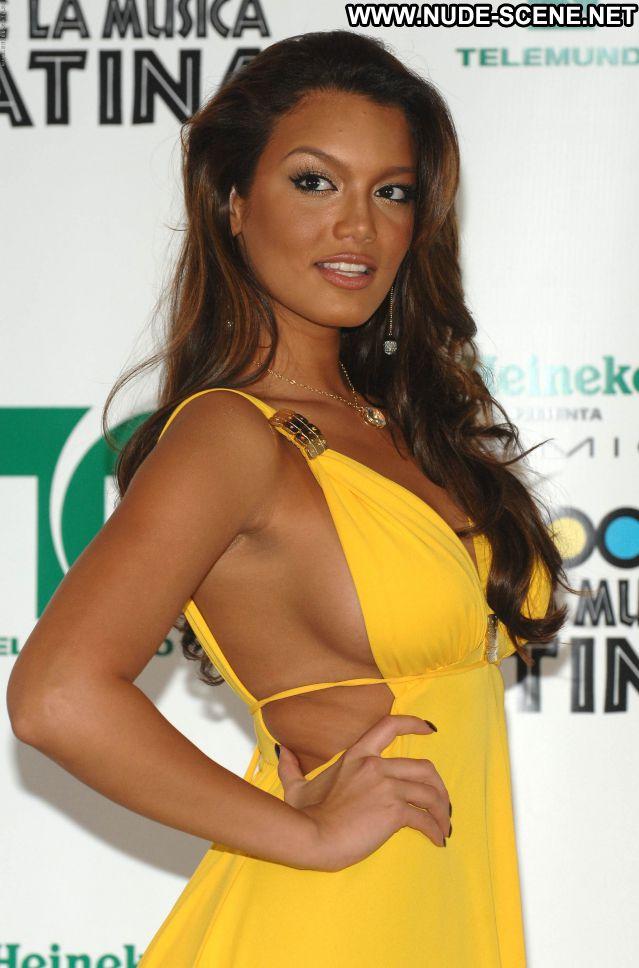 Zuleyka Rivera No Source Celebrity Hot Sexy Nude Scene Posing Hot