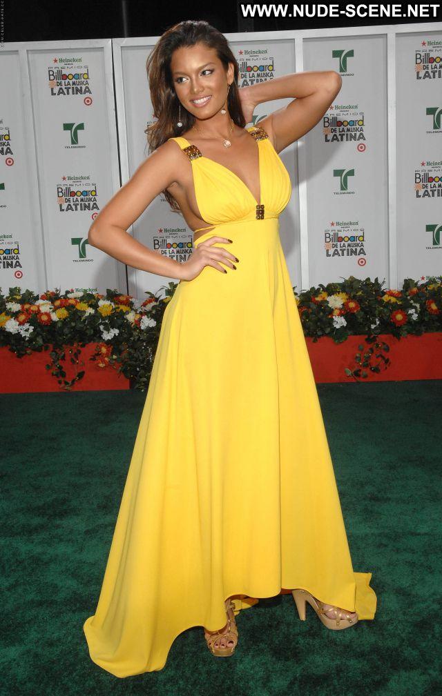 Zuleyka Rivera No Source  Hot Nude Posing Hot Posing Hot Sexy Big