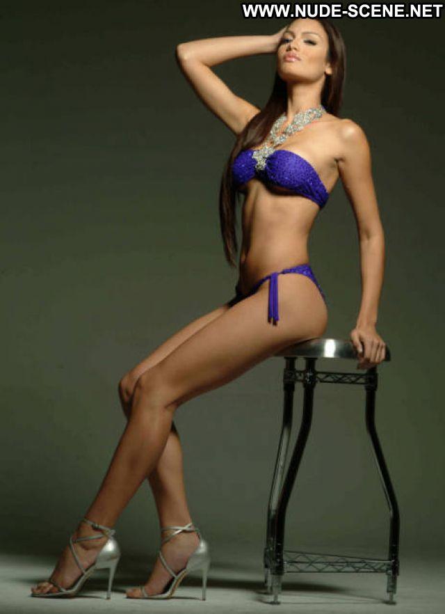 Zuleyka Rivera No Source Hot Cute Big Tits Latina Celebrity Posing