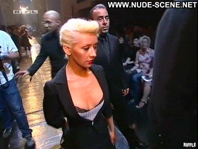 Christina Agulera Blonde Blue Eyes Tits Ass Singer Nude Scene Big