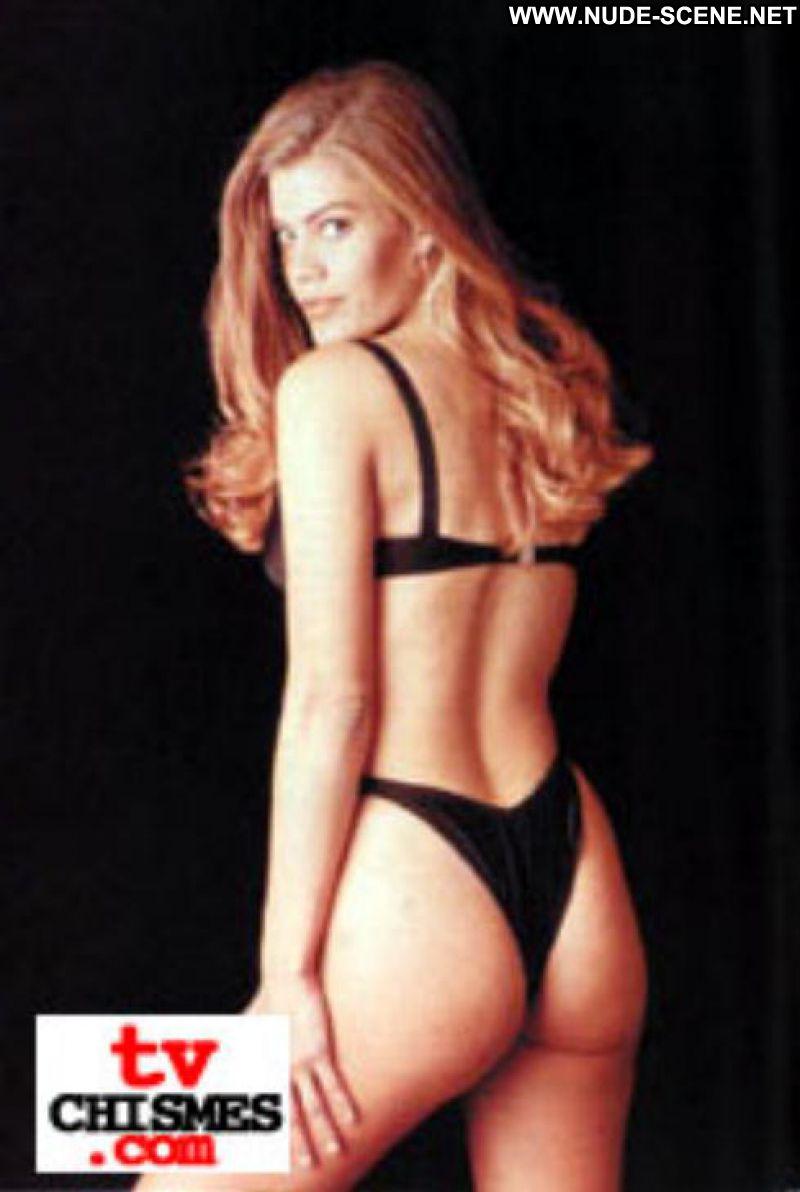Hot Blonde Latina 65