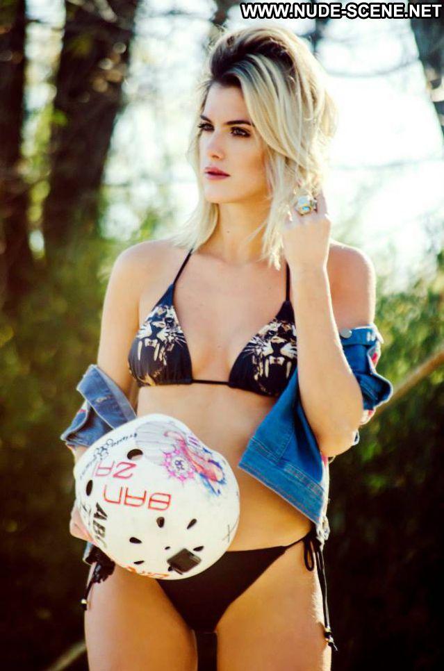 Maria Del Cerro No Source Posing Hot Latina Celebrity Cute Bikini