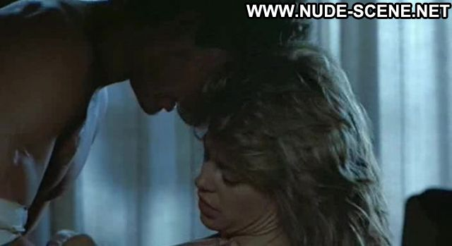 Linda Hamilton Woman On Top Sex Scene Posing Hot Celebrity Celebrity