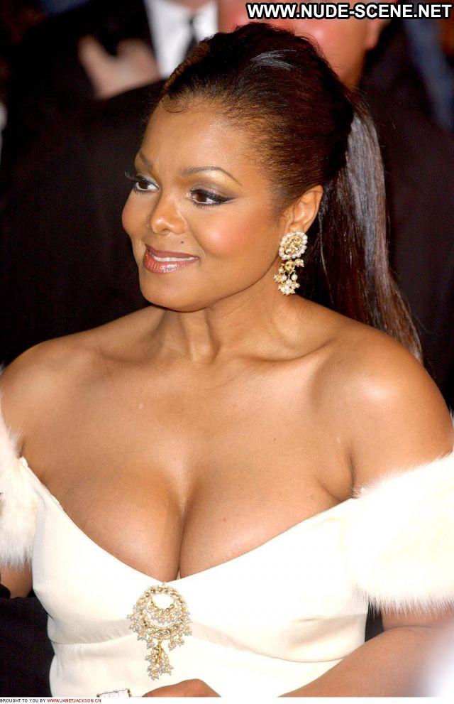 Janet Jackson Sexy Nude Scene Posing Hot Ebony Singer Cute Sexy Dress