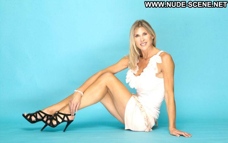 Sharron Davies Celebrity Posing Hot Babe Big Tits Blonde