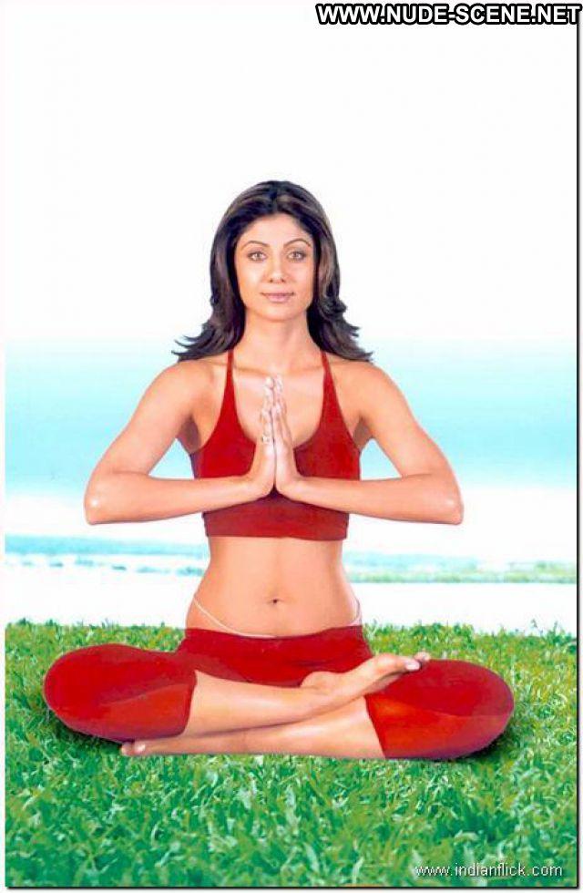 Shilpa Shetty Workout Brunette Showing Tits Celebrity Famous