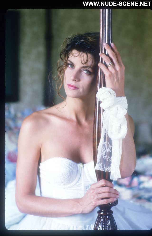 Kirstie Alley No Source Celebrity Beautiful Babe Posing