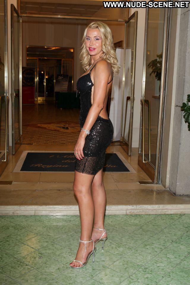 Valeria Marini No Source Sexy Dress Celebrity Nude Scene Cute Blonde