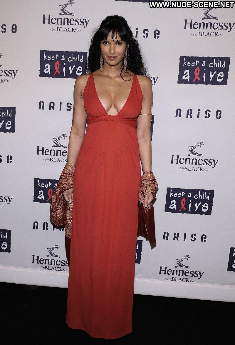 Padma Lakshmi No Source Celebrity Posing Hot Babe
