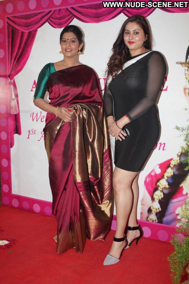 Kareena Kapoor Female Cute Nude Scene Beautiful Gorgeous Hot