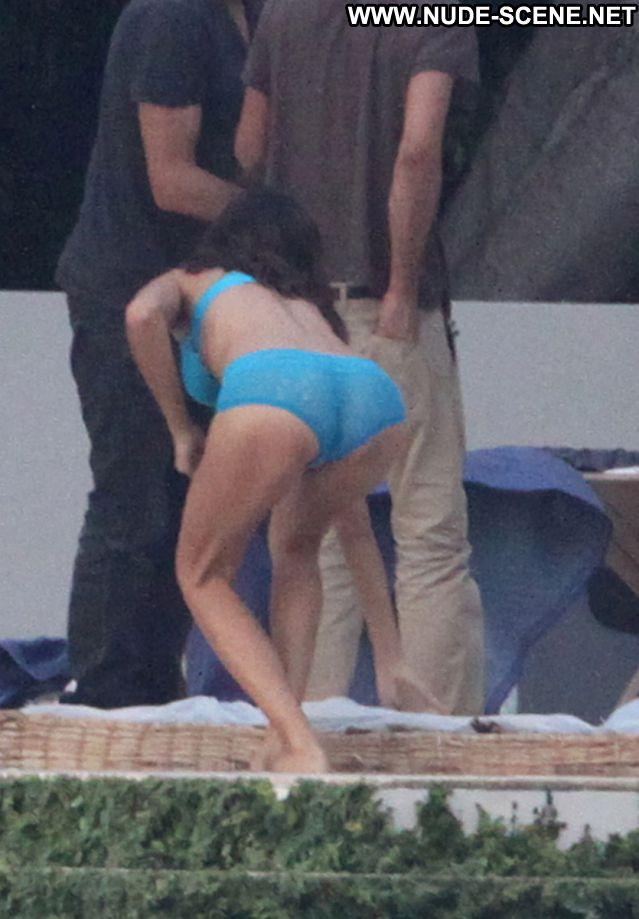 Adriana Lima No Source Celebrity Nude Nude Scene Posing Hot Latina