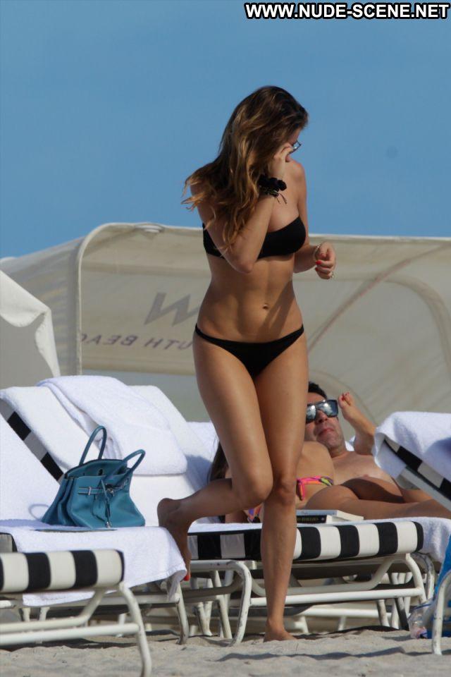 Aida Yespica No Source  Celebrity Posing Hot Venezuela Celebrity