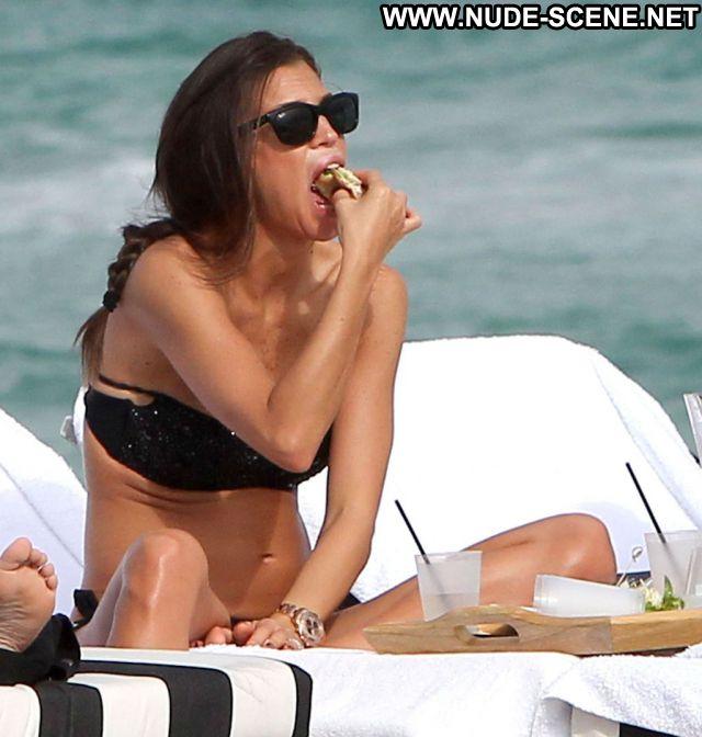 Aida Yespica No Source Showing Ass Posing Hot Latina Beach Babe