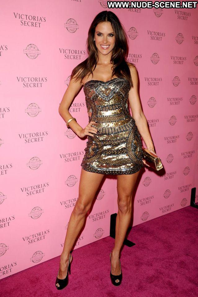 Alessandra Ambrosio No Source Sexy Latina Celebrity Nude Scene Sexy